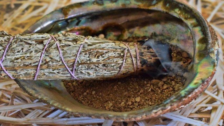 Smudging sage & lavender